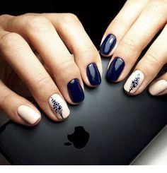 Lovely dark blue and white nails - ChicLadies.uk Lovely dark blue and white nails - ChicLadies. Shellac Nails, Diy Nails, Cute Nails, Nail Polish, Stylish Nails, Trendy Nails, Blue And White Nails, Asian Nails, Minimalist Nails