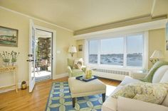 18 Gregory, Marblehead, MA- Offered by Barbara Yozell - http://www.raveis.com/mls/71415978/18_gregory_marblehead_ma/#
