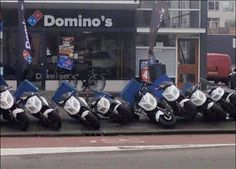 Domino's - #funny #lol #viralvids #funnypics #EarthPorn more at: http://www.smellifish.com