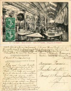 Le Creusot - Usines Schneider - Atelier de Projectiles - Chargement des Shrapnells - 1909 (from http://mercipourlacarte.com/picture?/1095/)