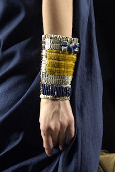 See detail photos for Dries Van Noten Spring 2008 Ready-to-Wear collection. Textile Jewelry, Jewelry Art, Jewelry Accessories, Fashion Accessories, Jewelry Design, Fashion Jewelry, Computer Accessories, Fashion Details, Look Fashion