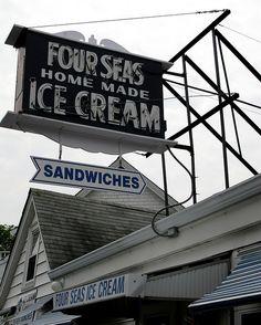 Four Seas Homemade Ice Cream - Craigsville, Massachusetts