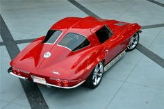 We just love 1963 #Chevrolet #Corvette #Coupé