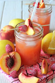19+Essential+Homemade+Lemonade+Recipes+for+Hot+Summer+Days - CountryLiving.com