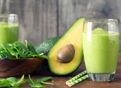 Plant Paradox Meals and Recipes Lectin-Free Diet Complete Collection For more smoothie information, click the link. Pms Smoothie, Avocado Smoothie, Smoothie Legume, Healthy Green Smoothies, Green Smoothie Recipes, Best Meal Replacement, Meal Replacement Smoothies, Lectin Free Diet, Ketogenic Diet Side Effects
