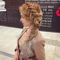 21 Pretty Side-Swept Hairstyles for Prom Fishtail Braid Hairstyles, Side Swept Hairstyles, Loose Hairstyles, Pretty Hairstyles, Wedding Hairstyles, Fish Tail Side Braid, Braided Prom Hair, Medium Hair Styles, Long Hair Styles