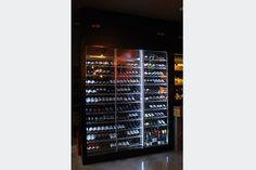 MUEBLE DE VINOS Y EXPOSITOR DE QUESOS - Traben Bengoa Queso, Mixer, Music Instruments, Display Stands, Wine, Furniture, Musical Instruments, Stand Mixer