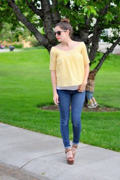 C&C: Rie top cropped in gingham - Megan Nielsen maternity patterns