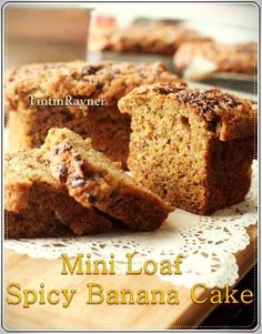 Mini Loaf Spicy Banana Cake no Mixer _ Cake pisang rempah chocochips.