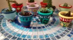 Macetas pintadas con cactus