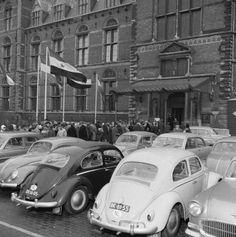 Volkswagen Beetles, Car Volkswagen, Vw Group, Beetle Bug, Old Pictures, Car Parking, Porsche, Nostalgia, Wallpapers