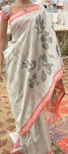 Matka silk handloom saree.... sobre and classy