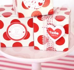 Our Valentine heart pockets can also be used as mini note pockets/ envelopes
