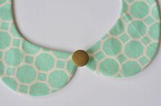 DIY Removable Peter Pan Collar - FREE Sewing Pattern