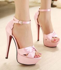 fashion, heels, high heels, image, moda, photo, pic, pink heels, pink high heels, pink pumps, pink shoes, pumps, shoes, stiletto, style, women shoes (5) http://picturingimages.com/pink-heels-picture-5/