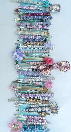 Pretty rhinestone hair clips