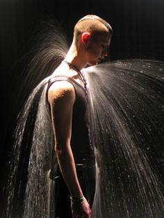 bill viola  SBLAAAH ! #art #billviola Photography Store, Artistic Photography, Human Sculpture, American Video, Lights Artist, Water Collection, Video Artist, Chiaroscuro, Human Condition