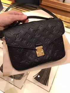 Louis Vuitton Monogram Empreinte Pochette Métis Bag M44071 Louis Vuitton Monogram Empreinte Pochette Métis Bag M44071