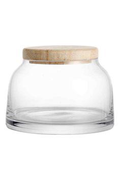 Petit pot avec couvercle: Petit pot en verre transparent avec couvercle en bois. Diamètre à la base 9 cm, hauteur 7 cm (couvercle inclus).