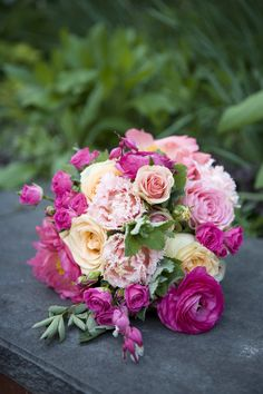 Photography by Alyssa Rose Photography / alyssarosephotography.com, Floral Design by Linda Baldwin Flowers
