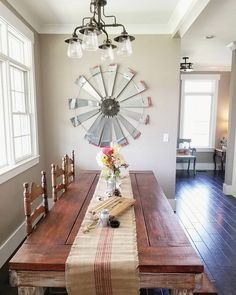 Beautiful Homes of Instagram: Country Living - Home Bunch Interior Design Ideas Interior Paint Colors For Living Room, Wall Paint Colors, Room Paint, House Beautiful, Beautiful Homes, Beautiful Beautiful, Pole Barn Homes, Style Tile, Patio Doors