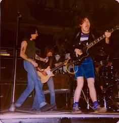 1977/04/21 - SWE, Lund, Olympen | Highway To ACDC : le site francophone sur AC/DC
