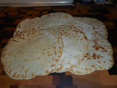 Not much to say about Carbalose Flour Tortillas except they are beyond delicious and terribly functional. Carbquik Recipes, Flour Recipes, Chef Recipes, Mexican Food Recipes, Low Carb Recipes, Quick Recipes, Bread Recipes, Recipies, Low Carb Chips