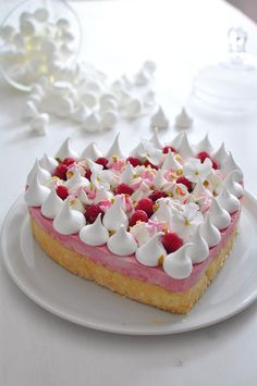 New Cake Decoration Meringue Sweets Ideas Food Cakes, Cupcake Cakes, Sweet Recipes, Cake Recipes, Mini Cheesecake, Number Cakes, New Cake, Valentines Food, French Pastries