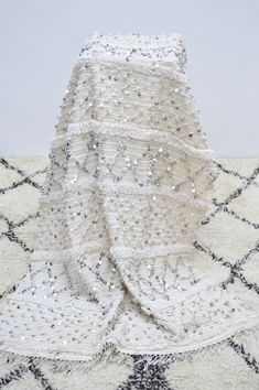 Vintage Moroccan Wedding Blanket www.boutiquemaroc.co.uk