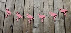 A super trendy felt Flamingo garland in thick acrylic felt. The garland is available in two different lengths: 87cm with 6 flamingos 154cm with 12