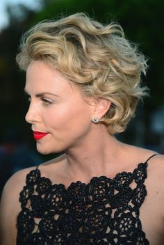 Charlize Theron Short Hair Pictures Jpeg - http://roc-hosting.info/short-hair/charlize-theron-short-hair-pictures-jpeg-2.html