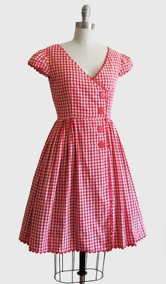 @ Joanne Walton Vintage 1950s Red & White Gingham Summer Dress w/ Full Skirt