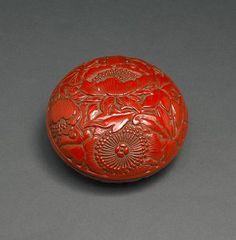 China, Box, lacquer/wood, c. 1600.