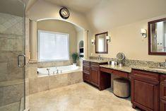 White Master Bathroom, Master Bathroom Layout, Luxury Master Bathrooms, Bathroom Design Luxury, Modern Bathroom, Bathroom Ideas, Bathroom Remodeling, Bath Ideas, Master Tub