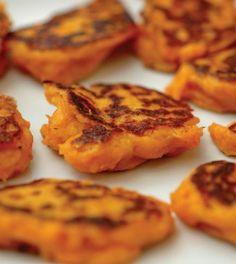 15 Favorite Sweet Potato Recipes - SPicy sweet potato patties (like indian latkes) Recipe For Leftover Sweet Potatoes, Savory Sweet Potato Recipes, Sweet Potato Latkes, Smashed Sweet Potatoes, Sweet Potato Hash Browns, Sweet Potato Pancakes, Potato Cakes, Savory Pancakes, Mini Pancakes