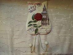 Vintage style decorative hangers. London black by PrincessWearLine