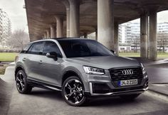 Audi presented its crossover SUV at the 2016 Geneva Motor Show. It is a luxury five-door vehicle with high-riding and unique design. Now, the 2019 Audi comes with both gasoline and diesel engines and restyled exterior. Suv Audi, Audi A3, Dream Cars, My Dream Car, Supercars, Foto Zoom, Allroad Audi, Carros Audi, Luxury Cars