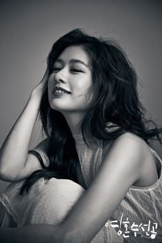 Young Actresses, Korean Actresses, Playful Kiss, Jung So Min, Special Girl, Profile Photo, Drama Movies, My Idol, Long Hair Styles