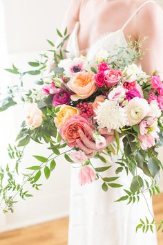 Pink Styled Shoot with Blue Chinoiserie Details