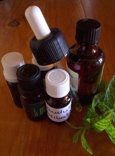 Remedies for Sinusitis and Allergies - Everyday Remedy Allergy Remedies, Health Remedies, Allergie Pollen, Saline Rinse, Nasal Passages, Oregano Oil, Organic Apple Cider Vinegar, Pollen Allergies, Essential Oils
