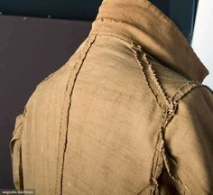 MIDDLE CLASS MAN'S DAY SUIT, RHODE ISLAND, 1780s linen dyed with butternutts - from Bristol CT Note: interior constructions and no lining to the coat.  See the underarm piecing at the seam