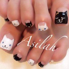 かわいいネイルを見つけたよ♪ #nailbook Luv Nails, Pretty Toe Nails, Cute Toe Nails, Cat Nail Art, Nail Art Diy, Nail Polish Designs, Cute Nail Designs, Garra, Aloha Nails