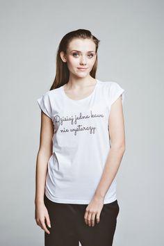 9f10491c06fc3 T-shirt Dzisiaj jedna kawa nie wystarczy - magicboxshop - Koszulki z  nadrukiem