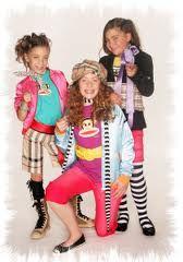 Lisa, Amy en Shelley , winnaars junior songfestival