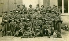 Grupo de exploración de la División Azul en el campamento de Grafenwohr, Alemania.
