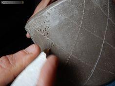 Décor à l'aide d'un outil en silex, vase support néolithique Support, Decoration, Vase, Bracelets, Jewelry, Tools, Decor, Jewlery, Jewerly