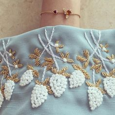 Embroidery with pearls Pearl Embroidery, Hand Embroidery Dress, Tambour Embroidery, Couture Embroidery, Embroidery Suits, Embroidery Fashion, Hand Embroidery Designs, Beaded Embroidery, Embroidery Stitches