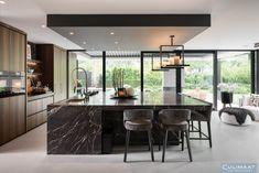 Landelijke villa Vught - Culimaat - High End Kitchens Eat In Kitchen, Kitchen Modern, Traditional Kitchen, Terrazzo, Second Floor, Home Remodeling, Kitchen Remodel, Kitchen Design, Sweet Home