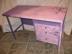 Otroška miza roza rokodelstvoinprenova.com