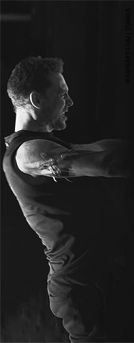 Tom Hiddleston prepares for Coriolanus at Donmar Warehouse------ 0_o------ This does,... Things, to me.